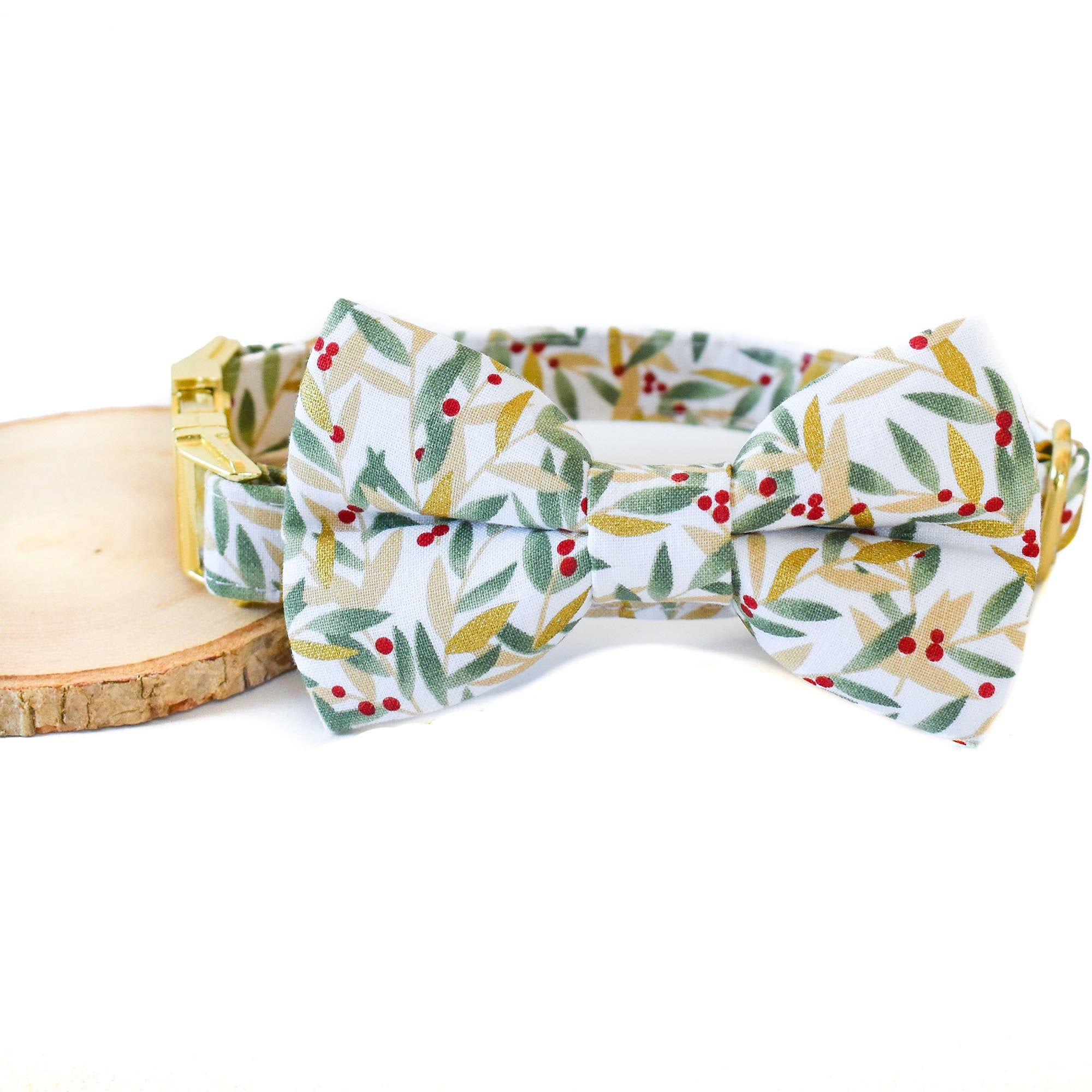 BRAMBLEBERRY DOG COLLAR AND BOW TIE SET