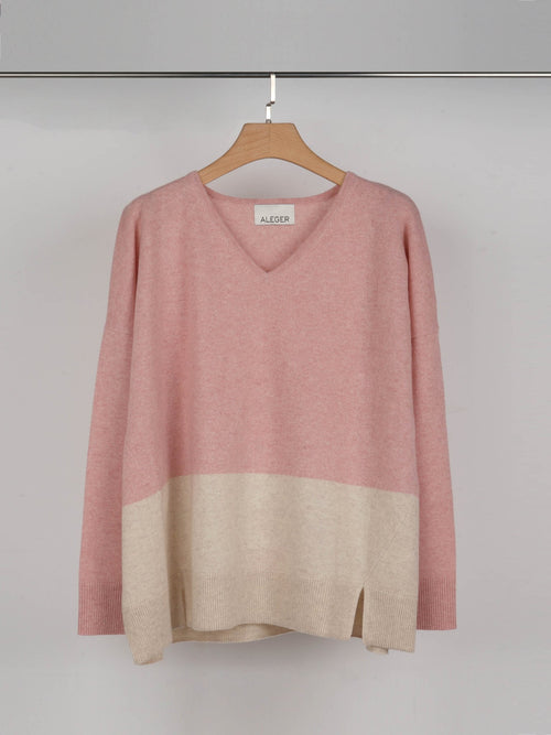 ALEGER V Neck Oversized Colour Block Sweater - Blush - Et Vous Fashion Boutique