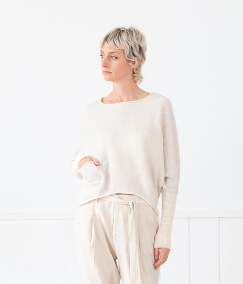 Transit Par-Such Textured Top w Pocket Detail - Et Vous Fashion Boutique