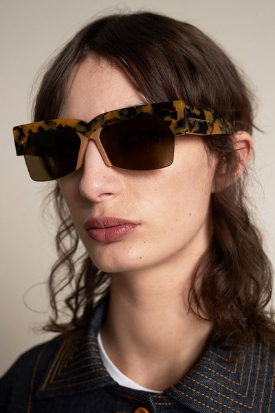 Karen Walker Ezra Crazy Tort - Et Vous Fashion Boutique