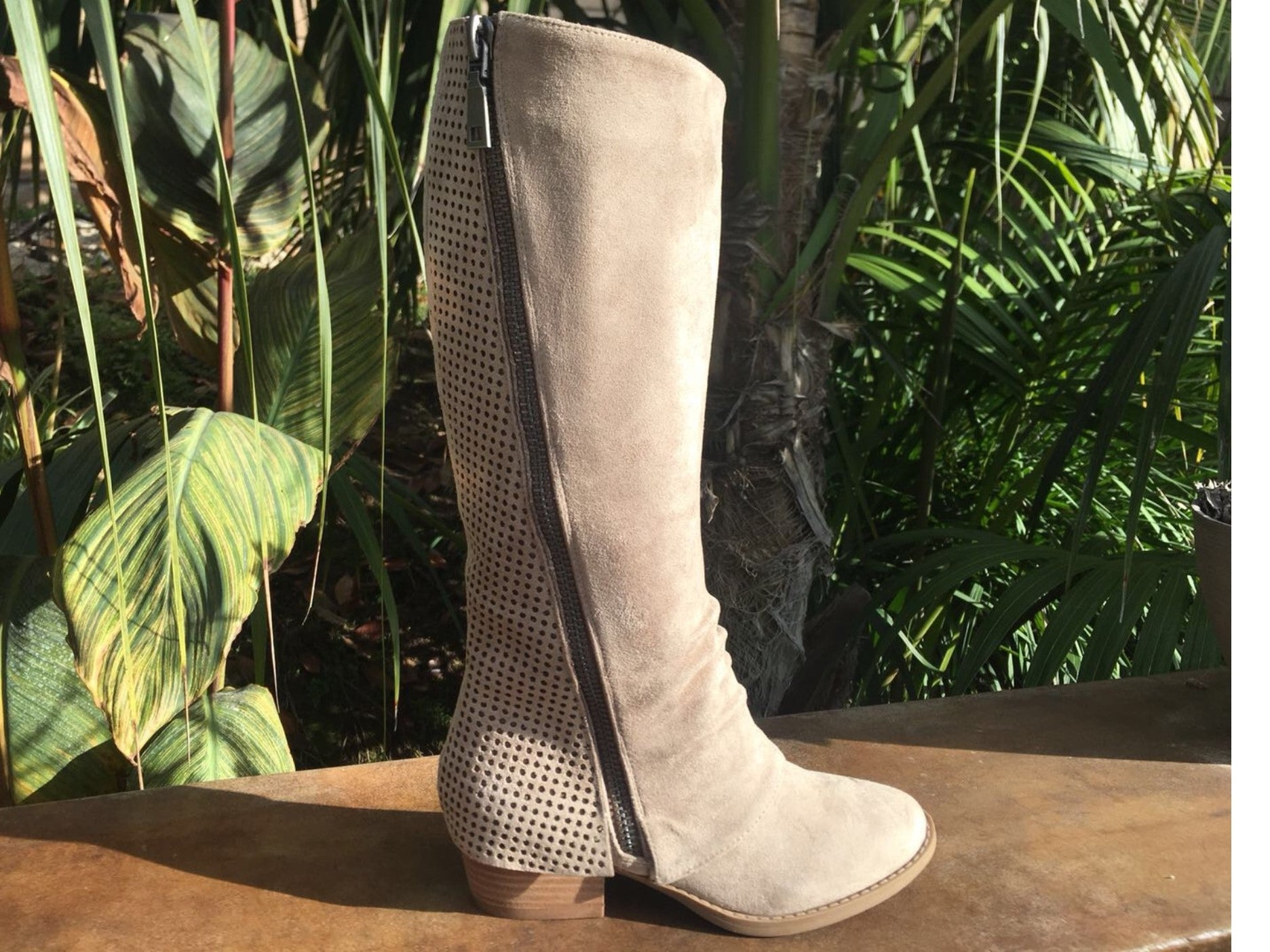 Taupe Very G Boot