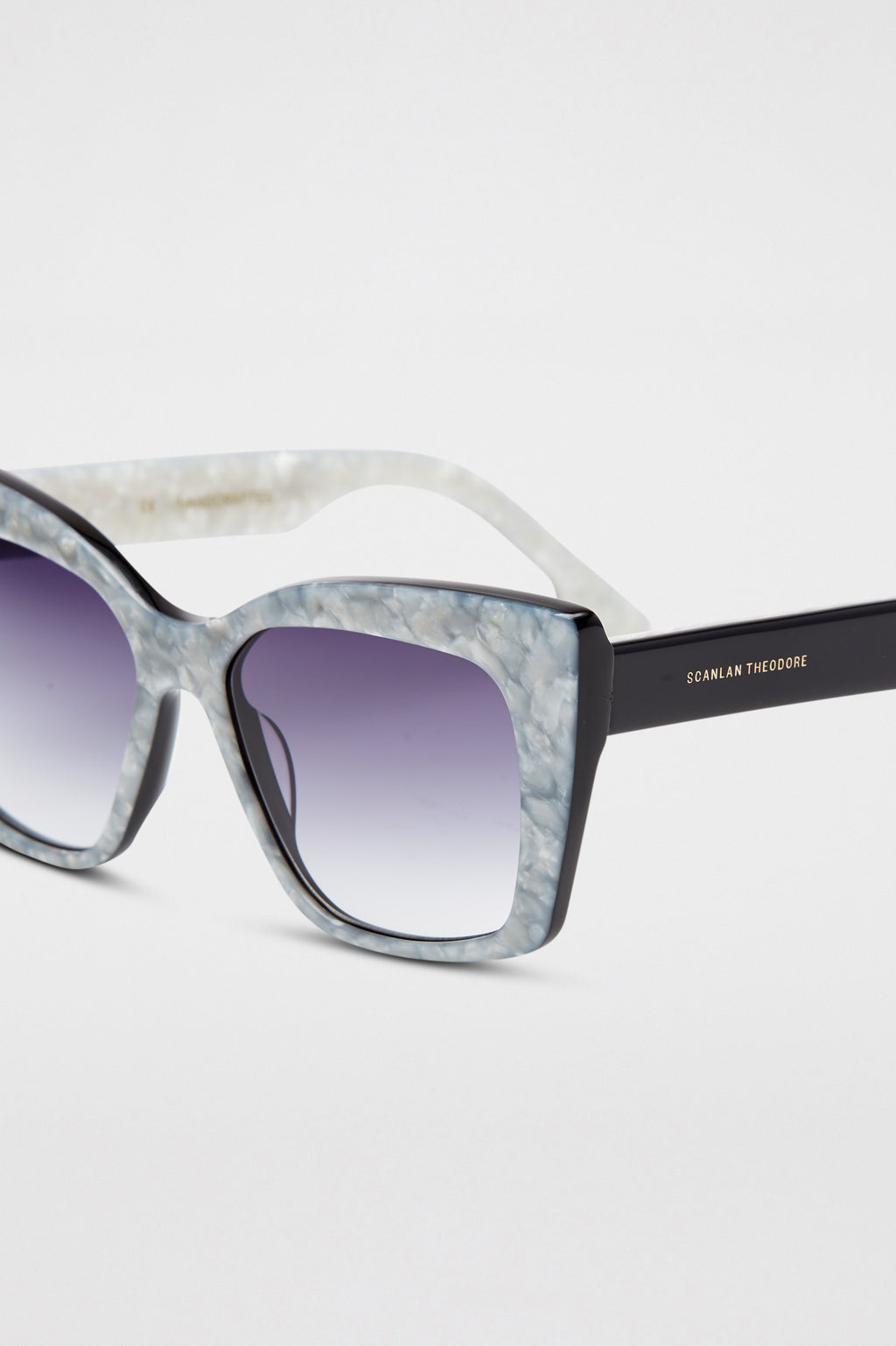 ST FELINE SQUARE SUNGLASSES