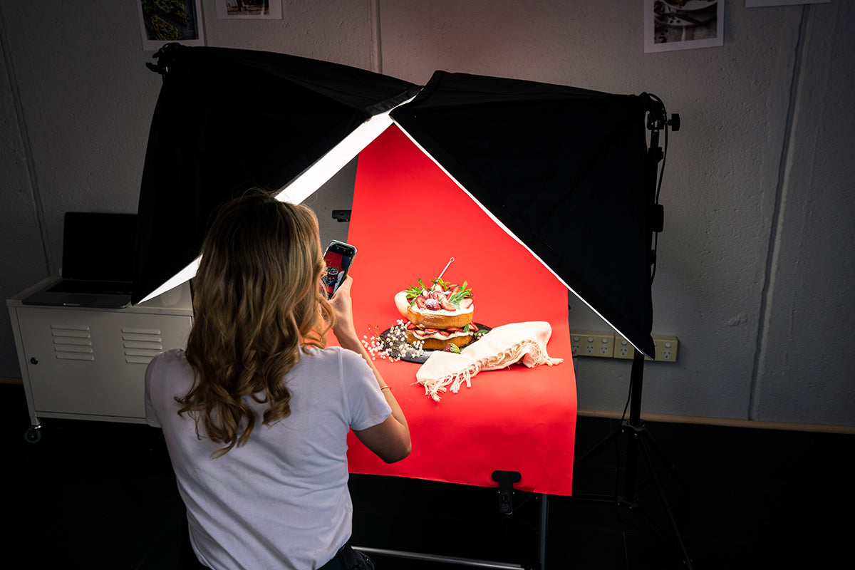 'work hustle' softbox photo table lighting kit