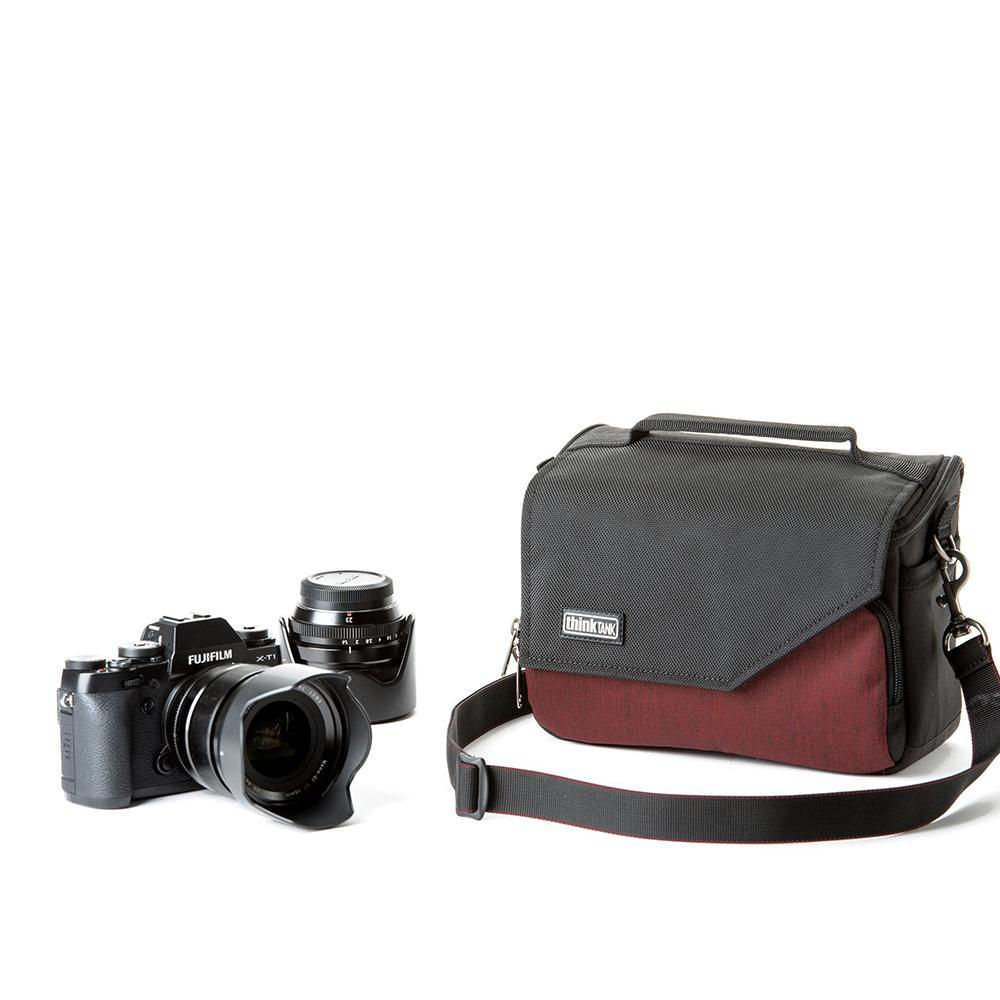 Think Tank Mirrorless Mover 20 - Deep Red