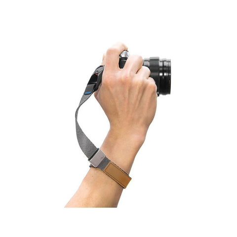 Peak Design Cuff - Ash: Quick-connecting camera wrist strap