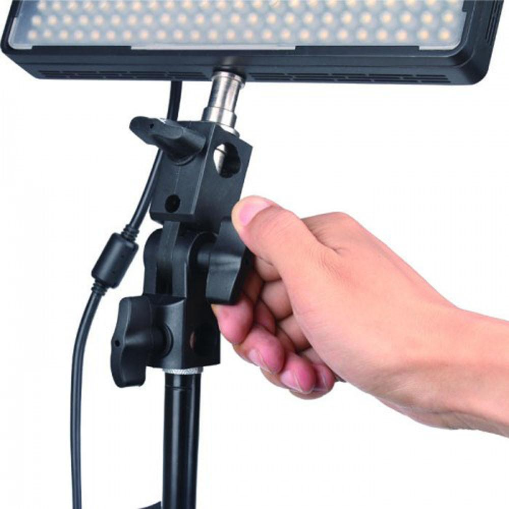 WI: 1x Light Stand Adapter