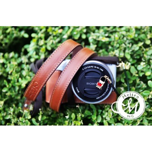 Melten Mirrorless Camera Neck Strap - Brown