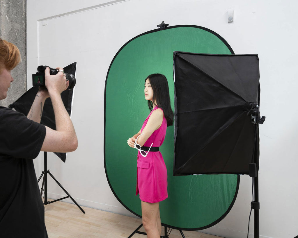 Hypop Large Chroma Key Green/Blue Double Sided Pop Up Backdrop with Stand and Peg Kit (1.5 x 2.1M)