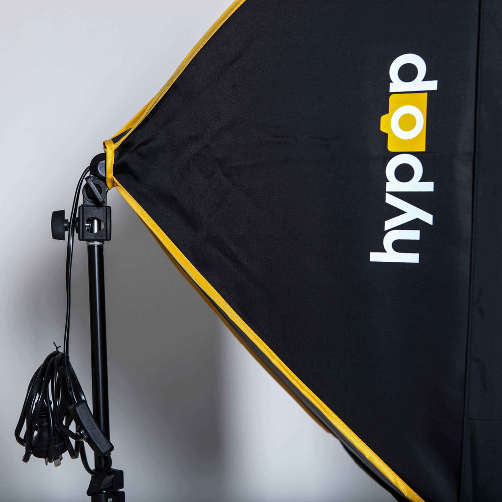 Hypop Collapsible Rectangle Soft Box Light With Bulb Holder ( Bulb and stand Excluded )
