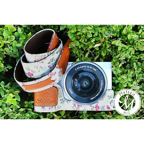 Melten Mirrorless Camera Neck Strap - WhiteFlower