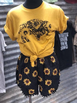 Sunflower buffalo tee (curvy available)