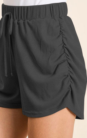 Ruched sides shorts