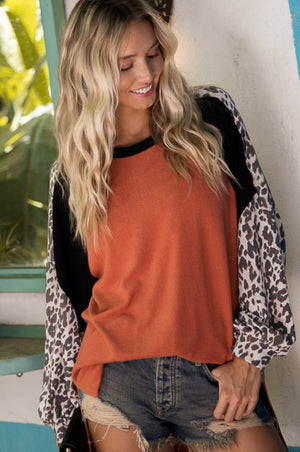 Color block loose fit leopard top