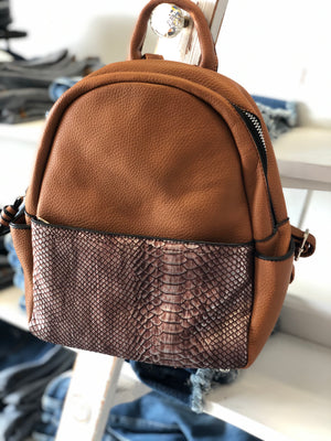 Back pack purse snakeskin