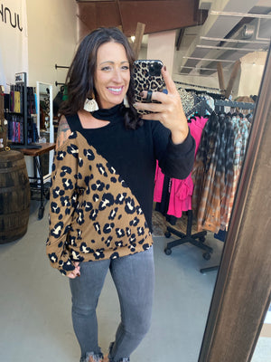 Leopard contrast shoulder cutout top