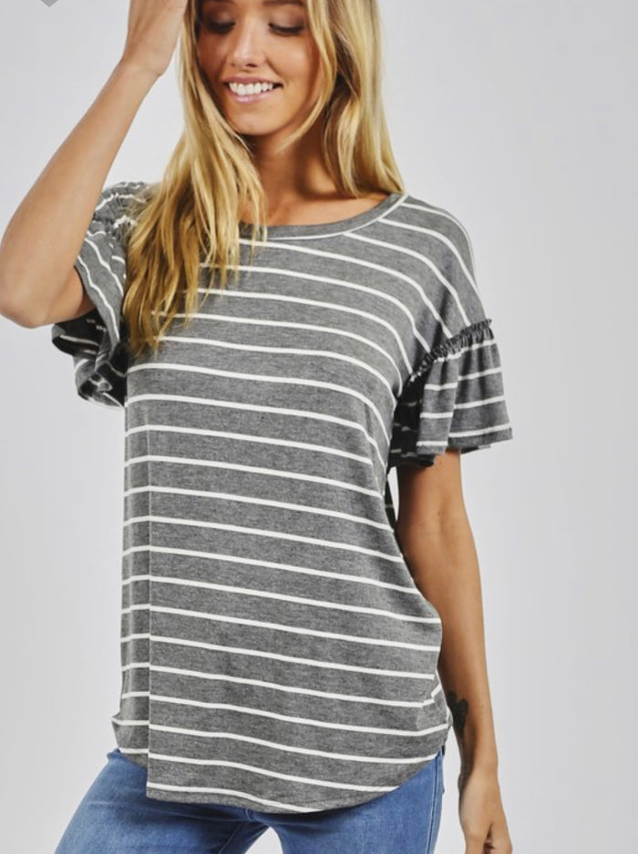 Stripe knit top gathered sleeve