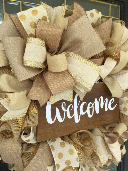 Fifty Shades of Brown Welcome Wreath