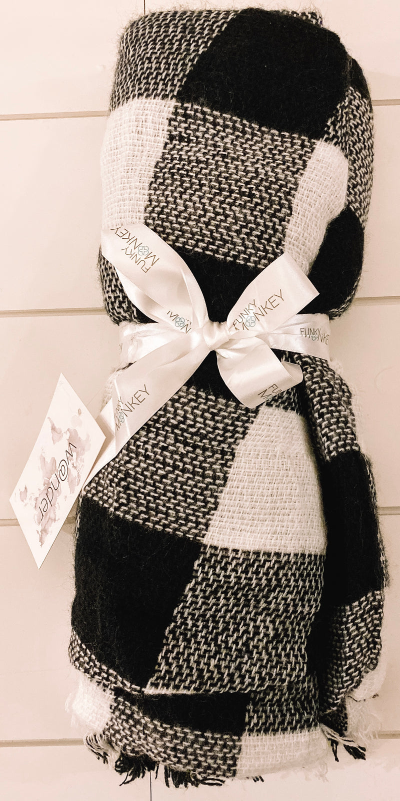 White & Black Buffalo Check Blanket Scarf