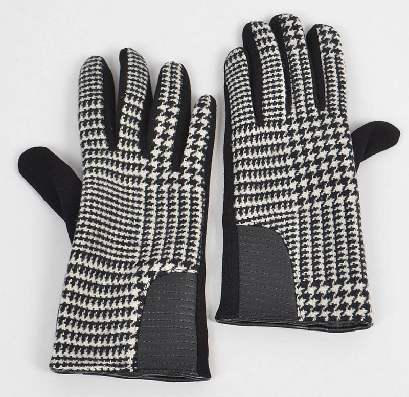 Black/White Plaid Gloves