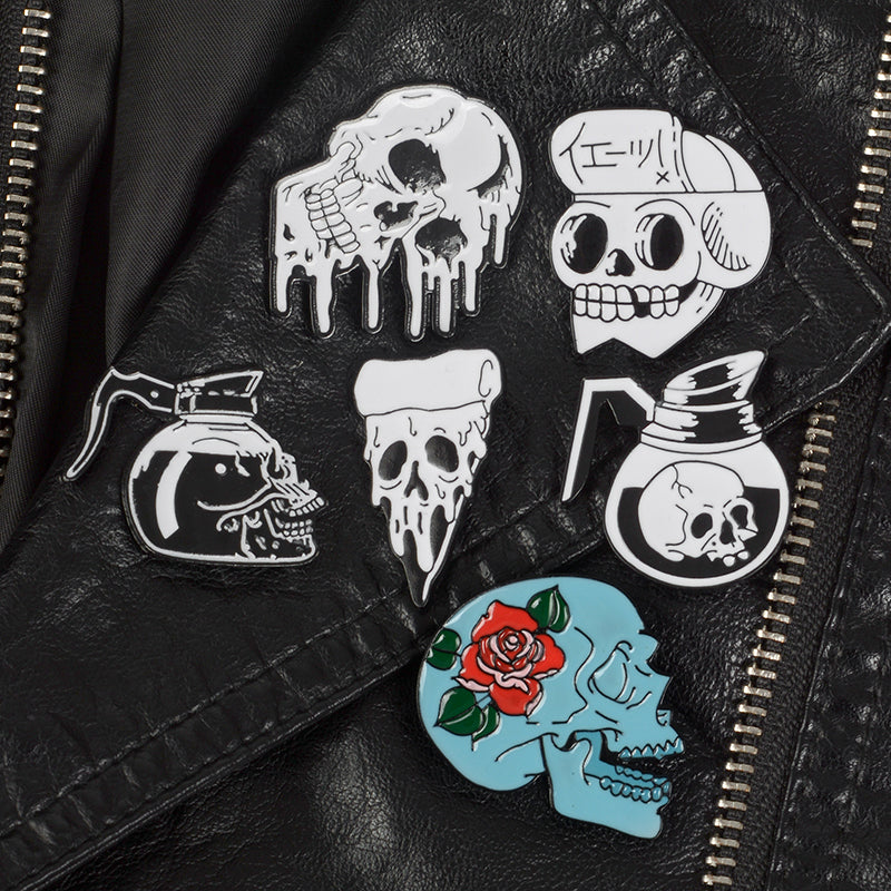 Gothic Dripping Skull pin set