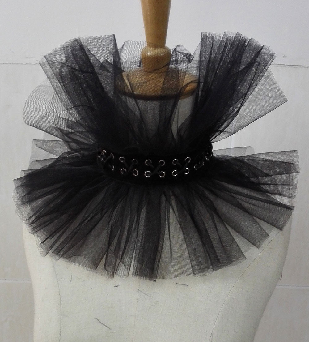 Gothic tulle collar choker corset