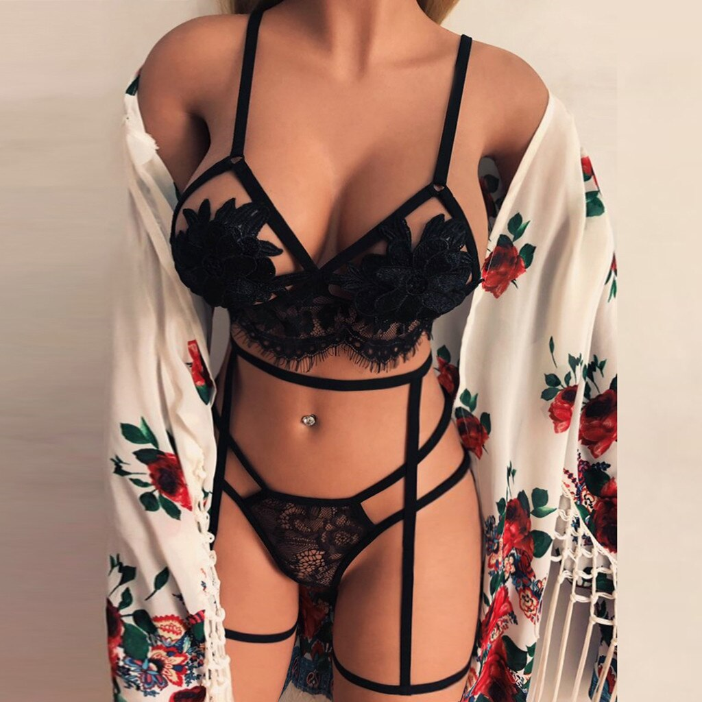 Gloria flower and lace lingerie set