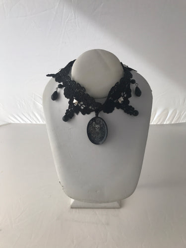 Skull Pendant Gothic steampunk gear black lace collar necklac