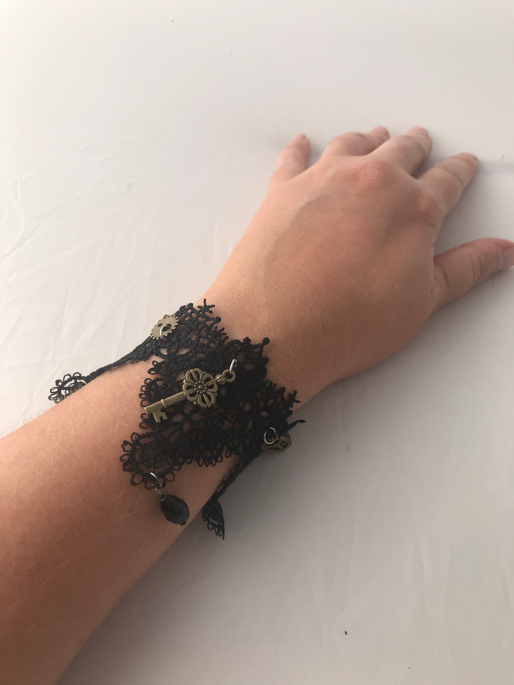 Steampunk key black lace bracelet