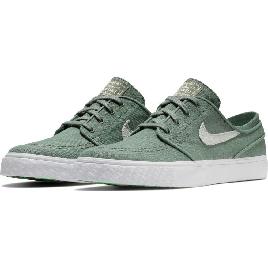 9c8caa78ec2e Nike SB Mens Zoom Stefan Janoski Canvas Deconstructed Clay Green Barely  Grey Menta Pro Purple -. Images   1   2   3   4 ...