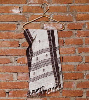 CraftsCollection.in - Off-White & Black Odisha Handloom Kotpad Stole