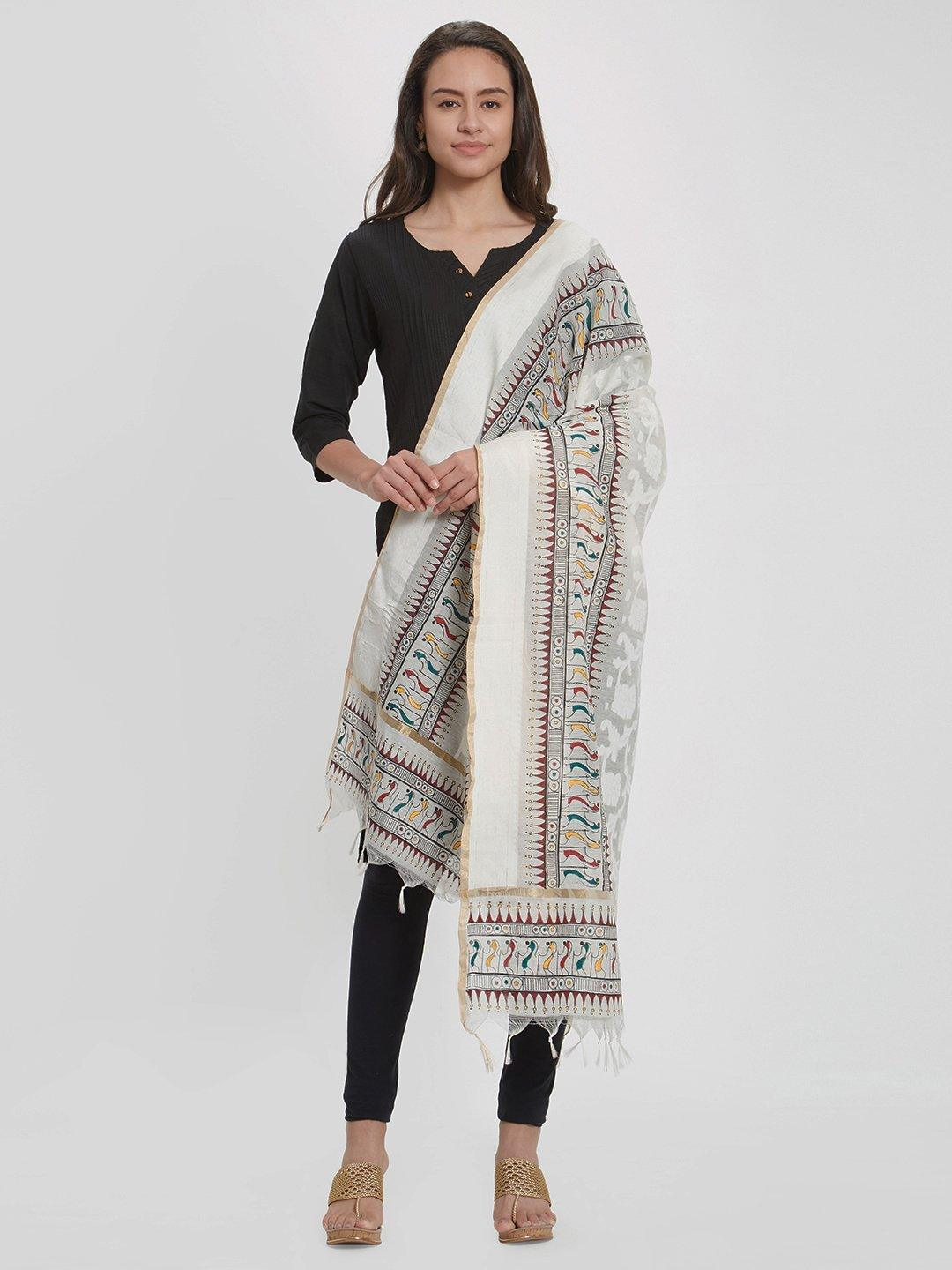 Dupatta with handpainted tribal motifs