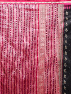 CraftsCollection.in - Black and Magenta Bomkai Silk Saree