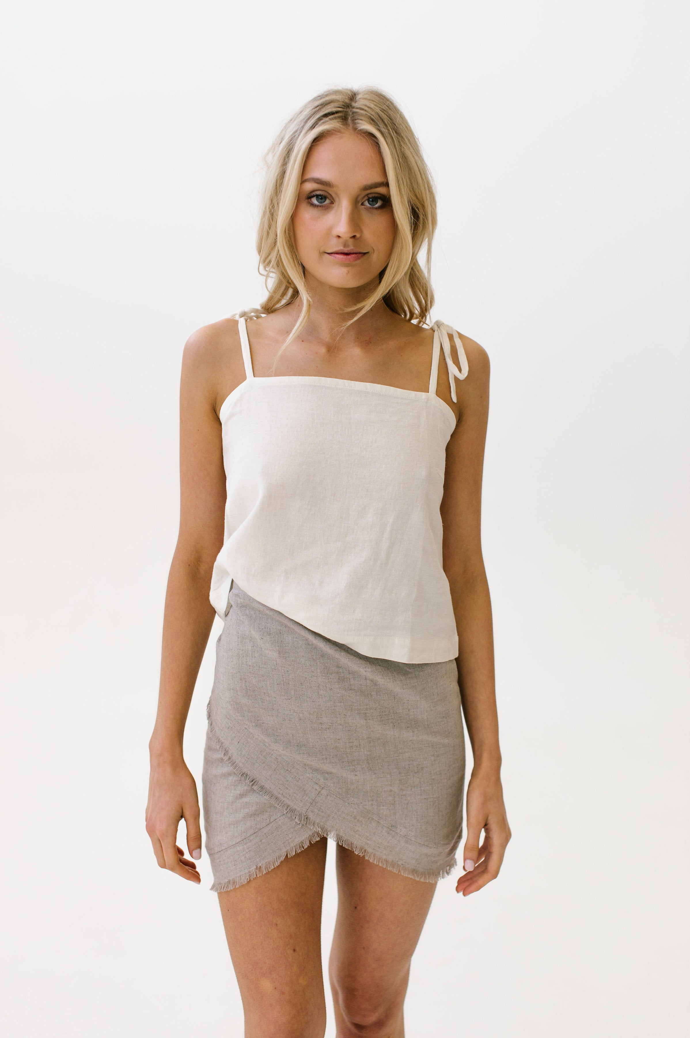 Tie Crop Cami Natural