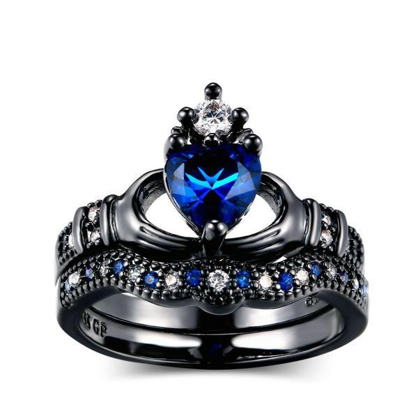 Heart & Crown Black Gold Ring