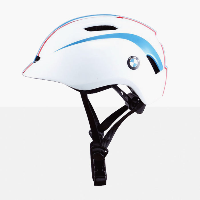Kids-BMW-Helmet-Officially-Licensed-BMW-Product-For-Ride-On-Car-Motorbikes-and-Bycicles-2.jpg