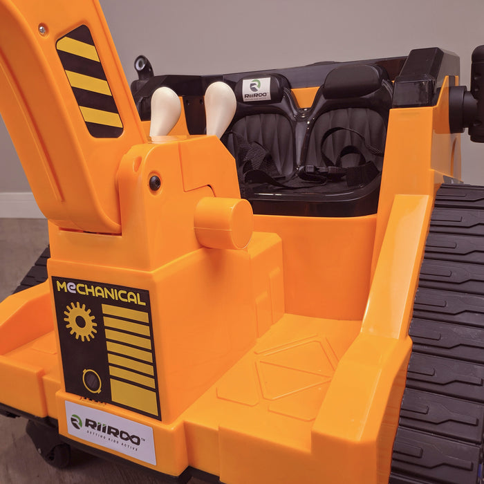 kids 12v electric battery operated digger with parental remote control fully electric controlled digger front seat view 6v