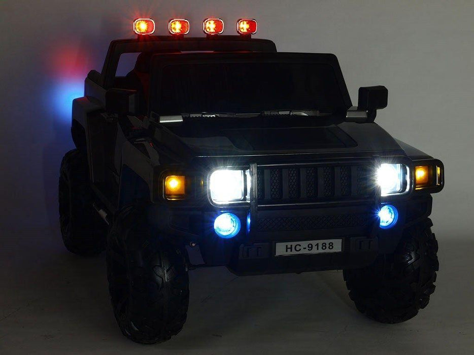 RiiRoo RiiRoo HeavySV Hummer SUV Style with lights on