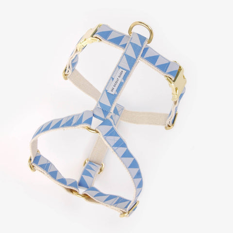 See Scout Sleep Nice Grill Harness - Sky and Ice Blue
