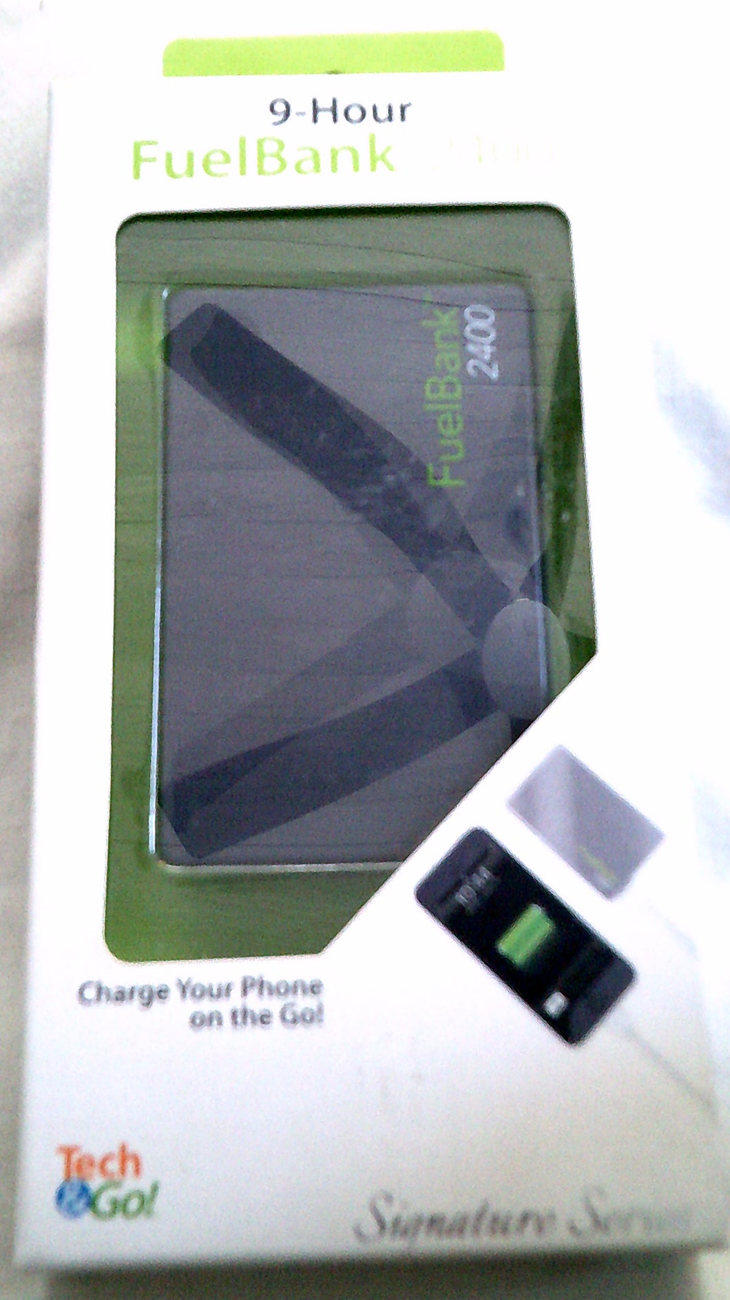 Tech & Go! 9-Hour FuelBank 2400 Charger for iPhones & Androids - New