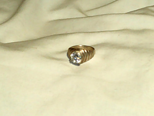 Silver Tone Ring With 2kt CZ Diamond.  Nice!