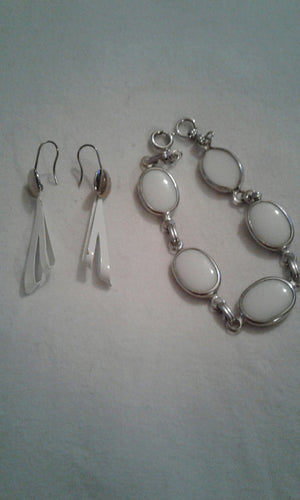 BRACELET & EARRINGS SET