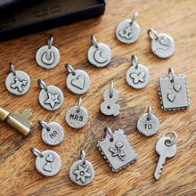 Load image into Gallery viewer, Personalised Love Letter Charms Keyring