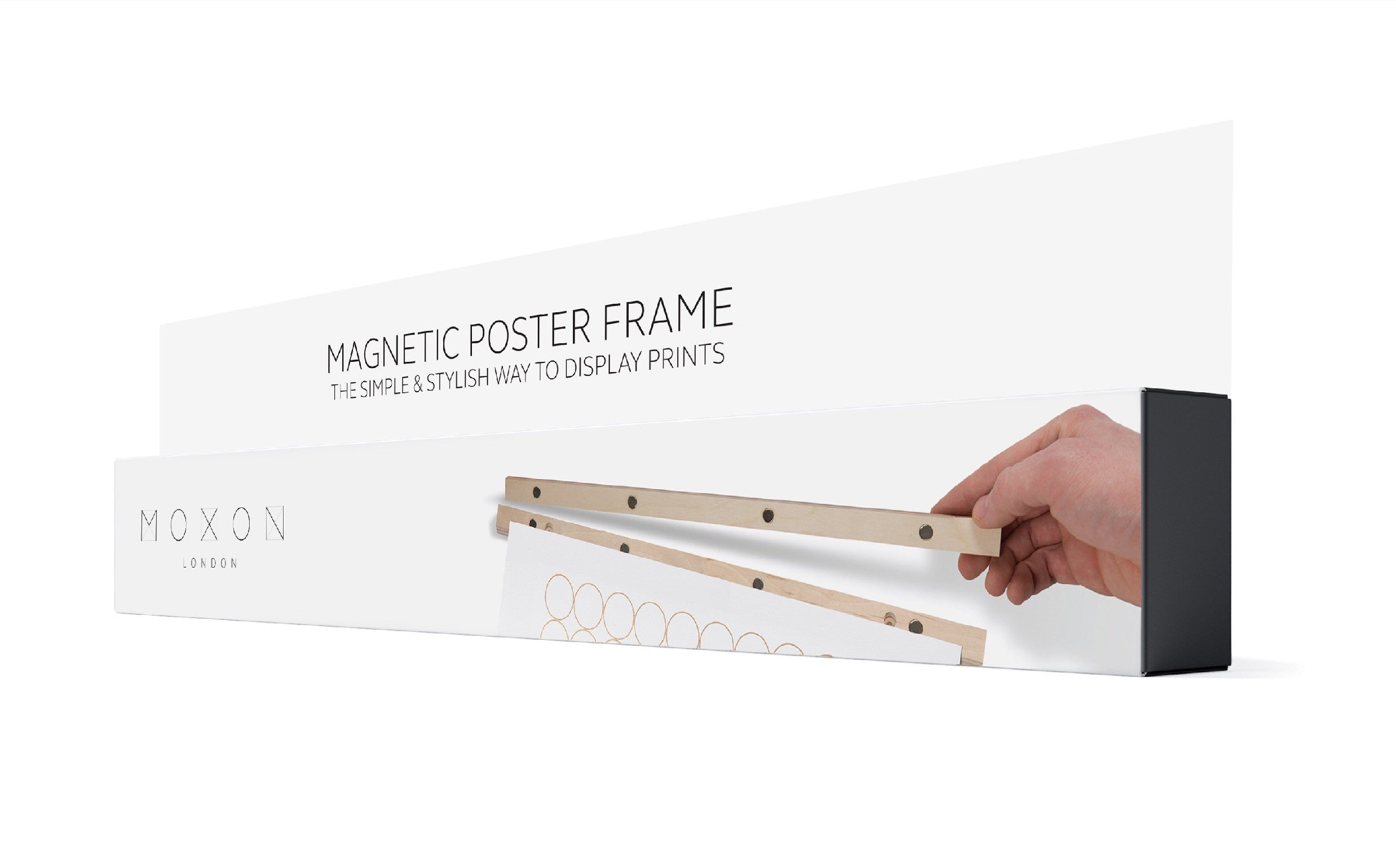 Magnetic print and wallpaper hanger