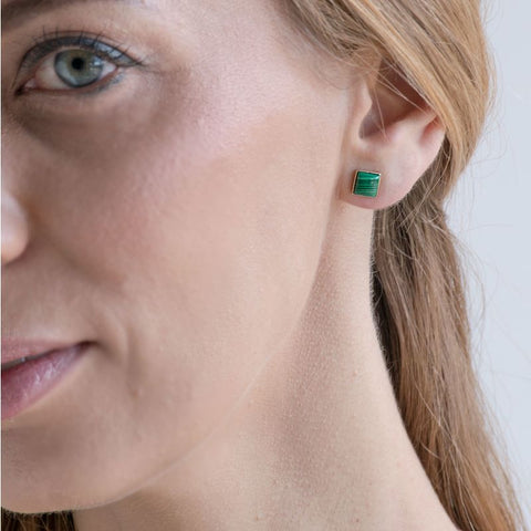 products/1-43214-aditagold-earrings-classic-jewelry-yellow-gold-square-malachite-6x6-4.jpg