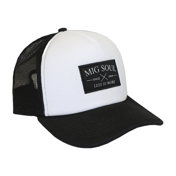 Boné Trucker Signature