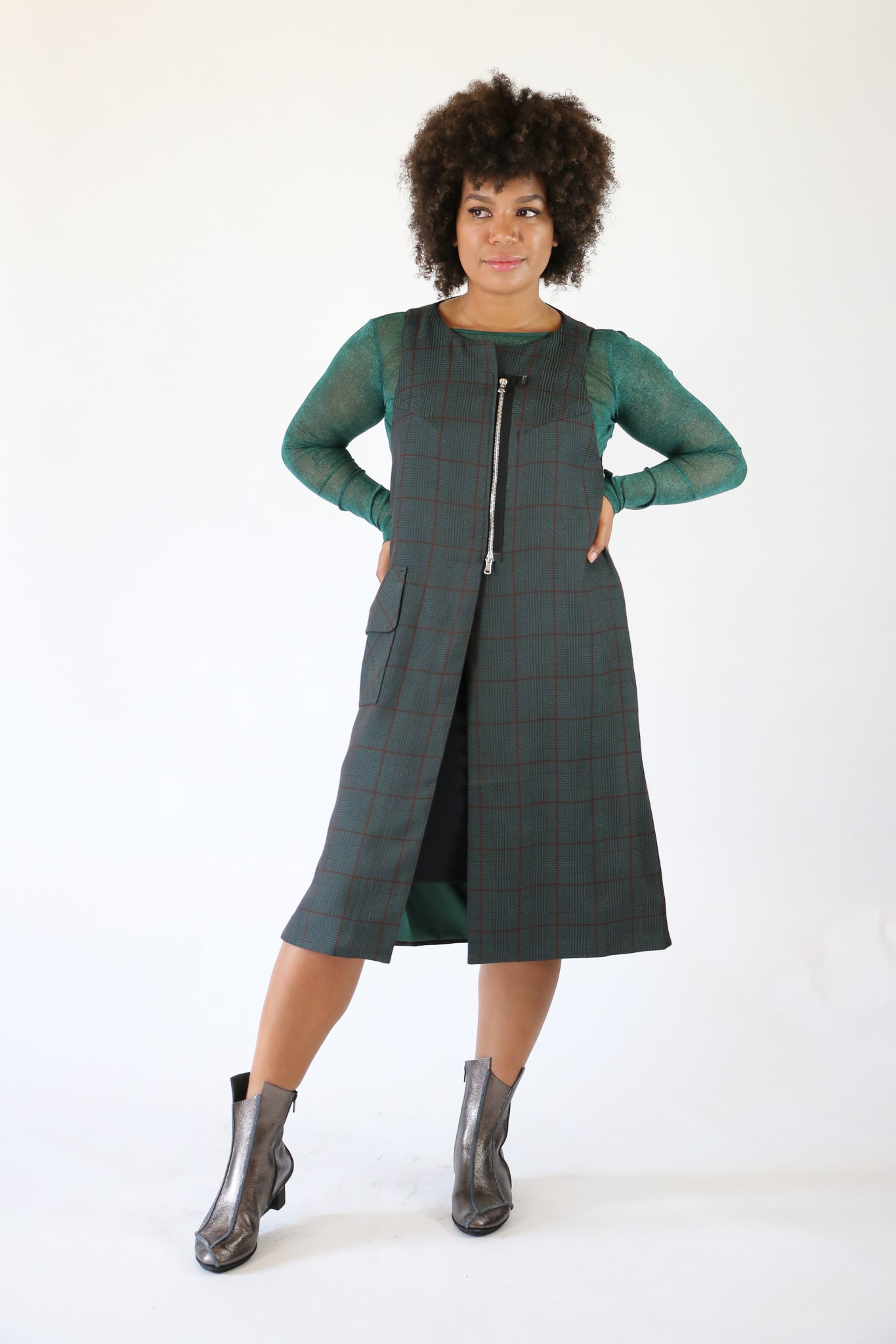 NY 77 Design Plaid Sleeveless Coat | ATELIER957