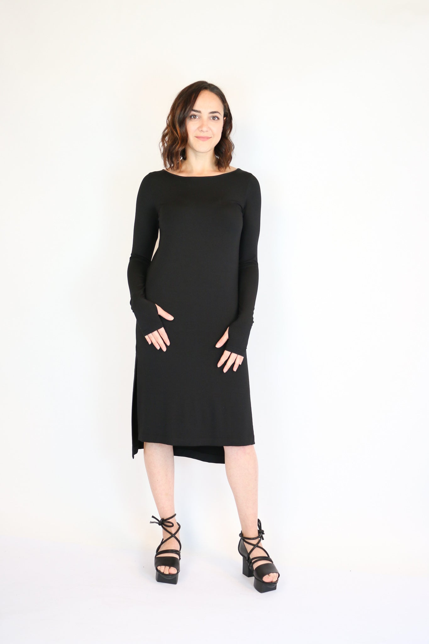 NY 77 Design Black Sheath Dress | ATELIER957