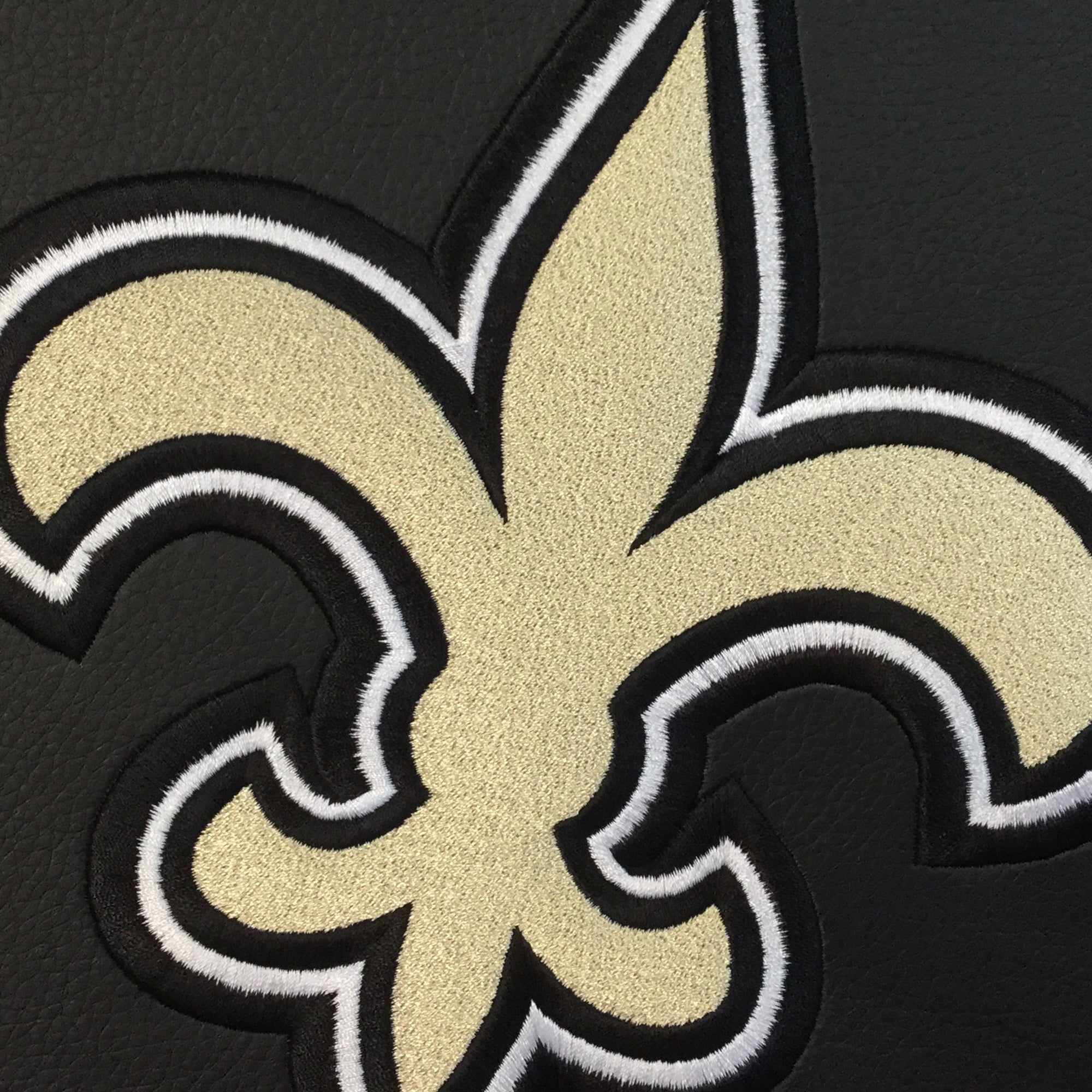 Relax Recliner with  New Orleans Saints Primary Logo