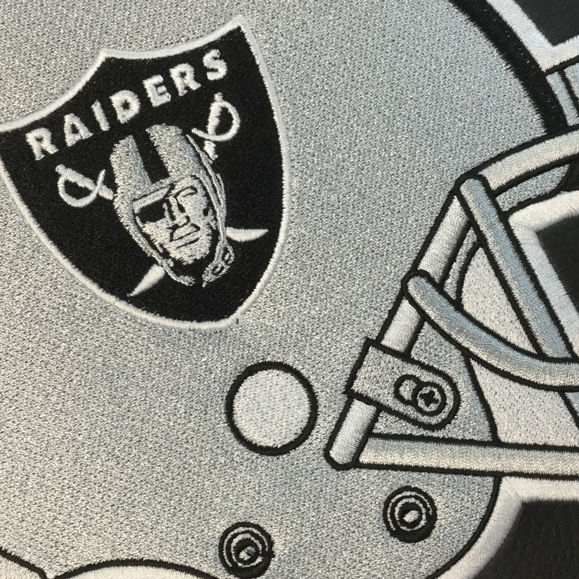 Game Rocker 100 with  Las Vegas Raiders Helmet Logo