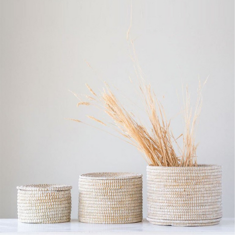 seagrass-baskets-cloth-and-cabin